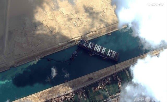 スエズ運河,コンテナ船,エバーギブン,晴嵐,エバーギブン離礁成功,巨大潜水母艦,イ400潜,スエズ運河事故,,