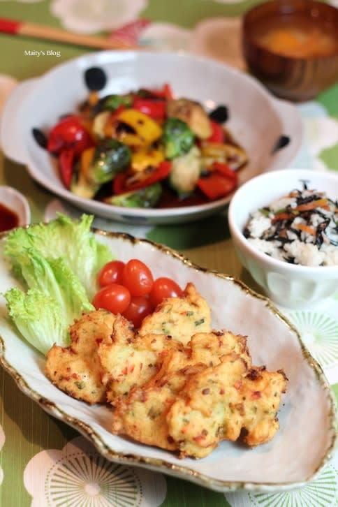 さつま揚げ、芽キャベツとパプリカの焦がし焼きバルサミコマリネ - マイティの Awesome Cooking