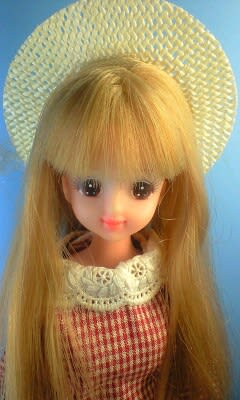 リカちゃん人形とジェニー。 - ジェニーが最近廃れ …