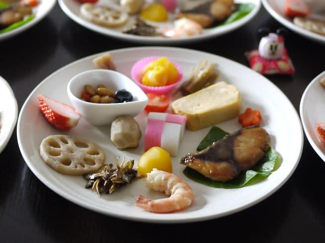 今年も、おせちもどきのワンプレートで元旦の朝ご飯(笑