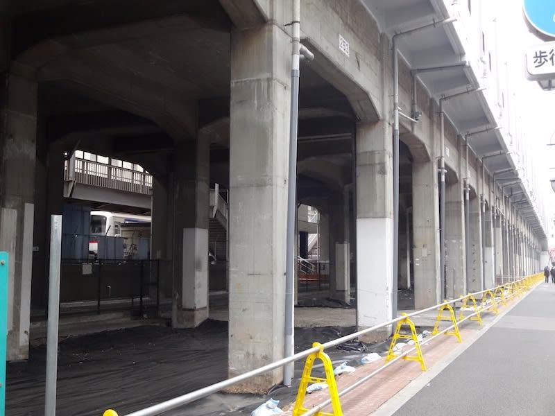 西台駅高架下 - ひろば 研究室別...
