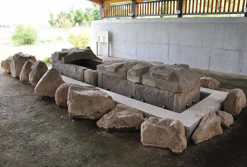 北今市1号墳移築石棺