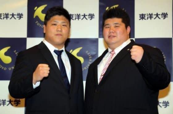 東洋大・村田と大波が大相撲入門...