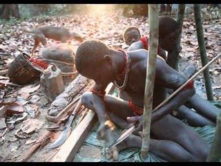 写真で見る世界の先住民たち 文明社会との「幸福な接点」はあるか ...