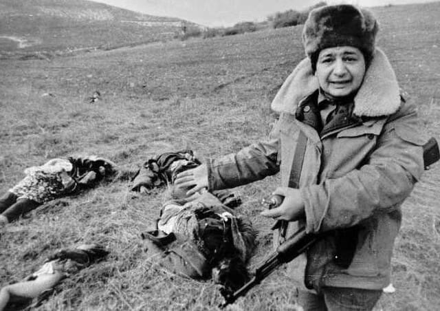 アゼルバイジャン,アリエフ大統領,アルメニア,アゼルバイジャン,T90,Mig戦闘機,戦車道,戦争,紛争,戦車戦,防衛,乗り物,乗り物の話題,