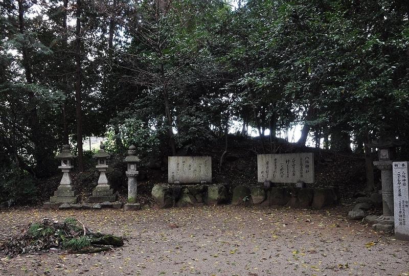 八坂神社古墳