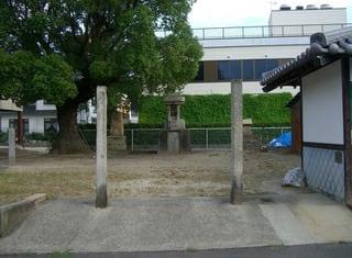 湊明神社の全景