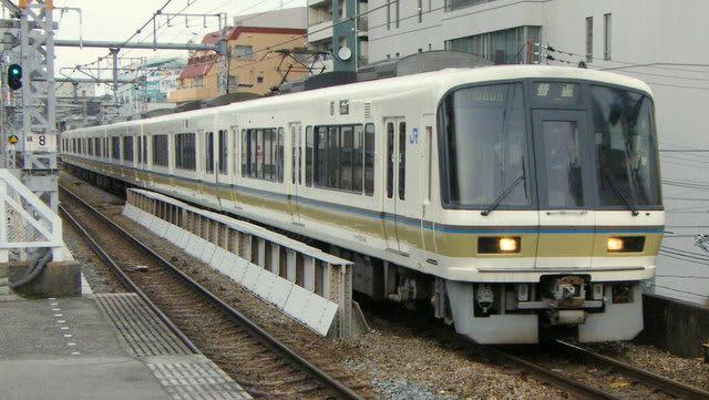 221系大阪環状線普通