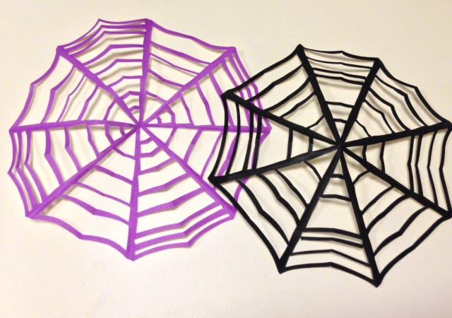 巣 折り紙 蜘蛛 の 簡単!折り紙でハロウィン飾りのクモと蜘蛛の巣の折り方&作り方