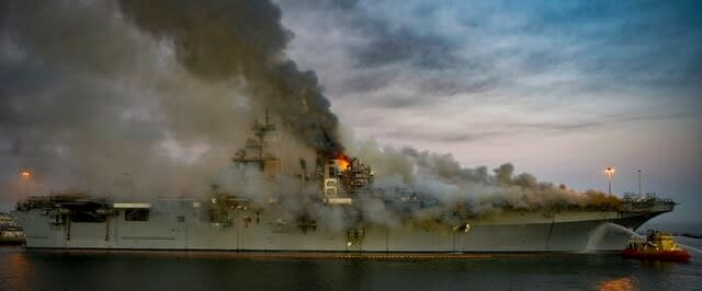 USSボノムリシャール,強襲揚陸艦,ボノムリシャール廃艦,火災事故,アメリカ海軍,海戦,戦艦,護衛艦,乗り物,乗り物のニュース,乗り物の話題,Fleet,グランド,