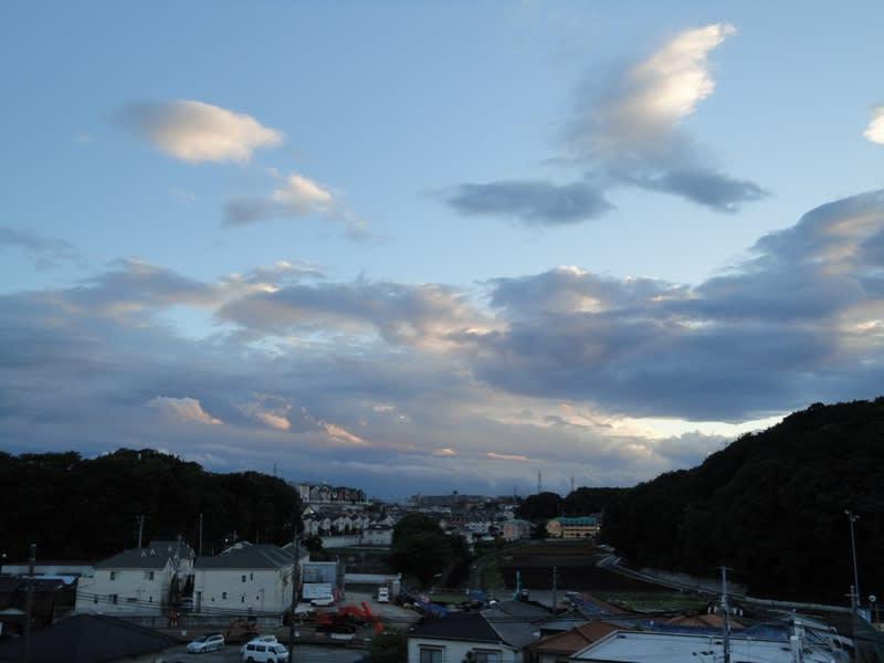 05月27日 夕方の雲