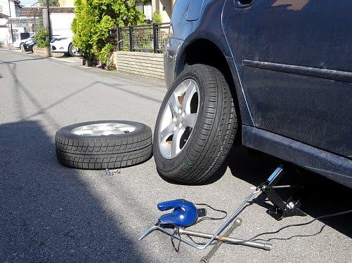 55cd05ab98 タイヤ交換と洗車 - 煙にまかれて ~ 燻製&道楽記