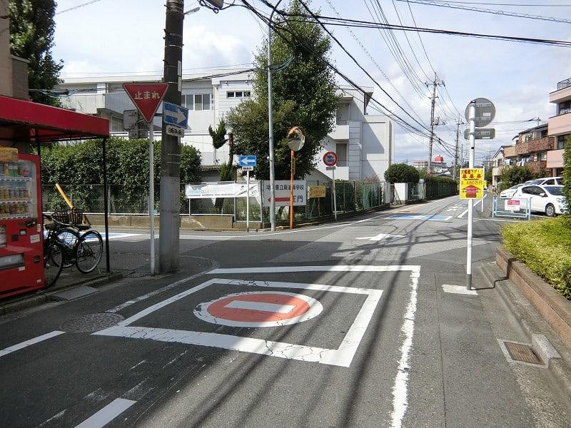 南区文蔵を歩いて南浦和駅まで -...