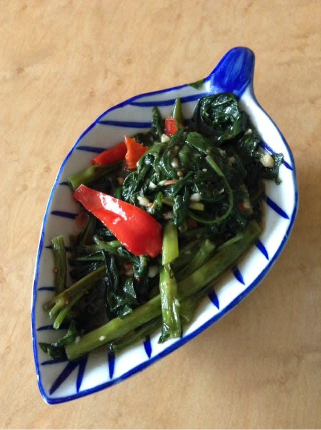サラダコスモ:空心菜の新芽 - 発芽野菜ラインナップ