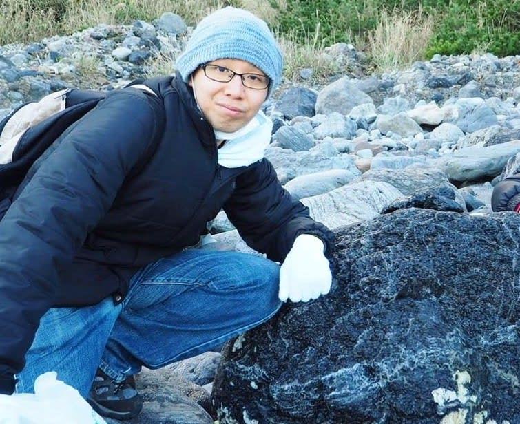 ――採石の際に危険な場所に行くという意味ですか?