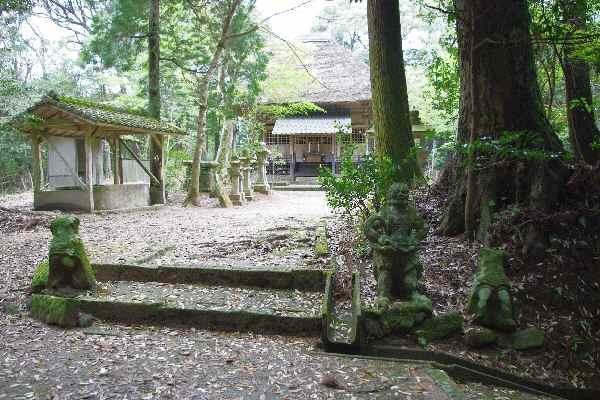 白木神社 - 鹿児島の自然と食