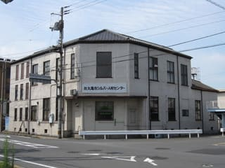 丸亀市立図書館
