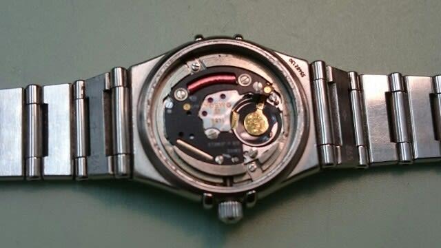 b92b3d7b65 電池液漏れありました - 1級時計修理技能士 東京練馬 富屋時計店 ブログ