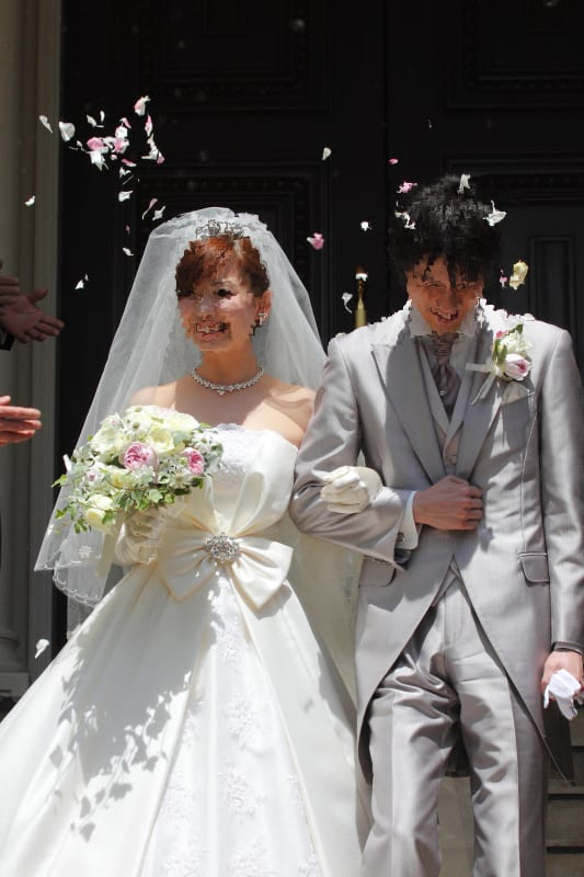 式 クレーム 結婚