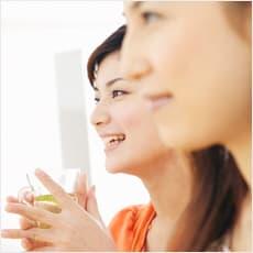 「「しゃべらないほうが良い」といわれる女性」の質問画像