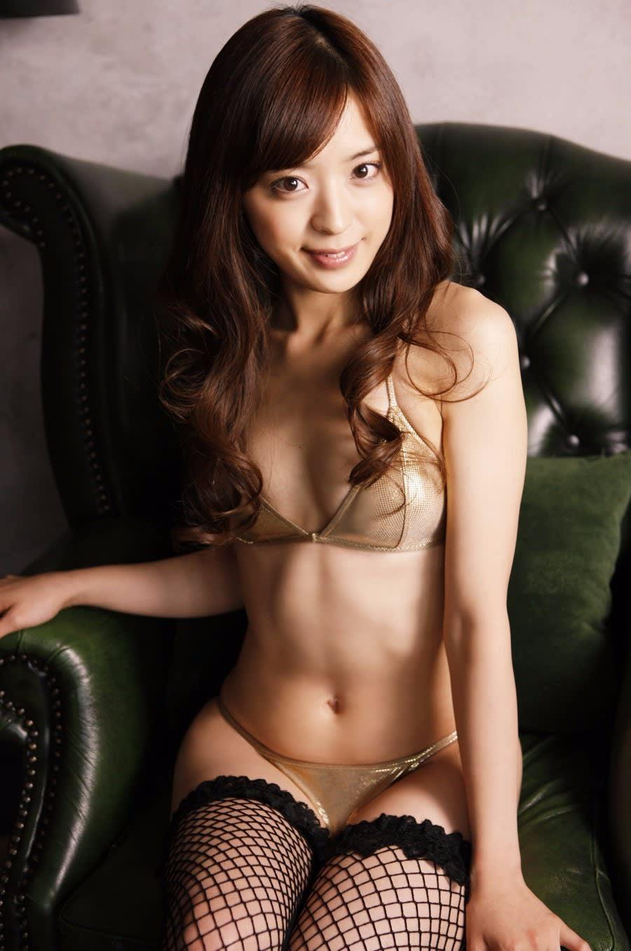 Kareena kapoor topless - 1 5