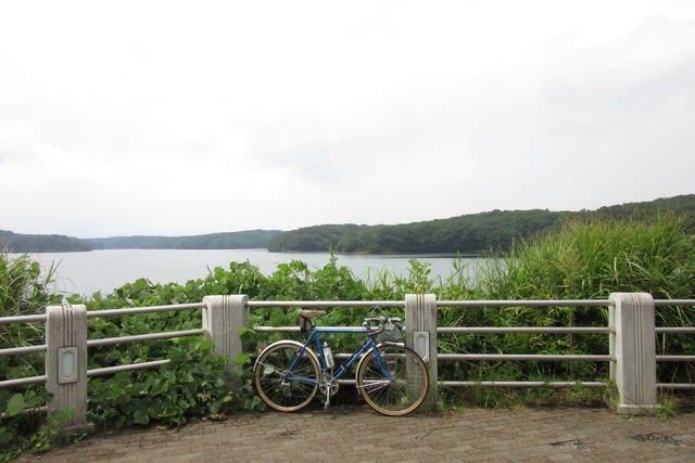 多摩湖 狭山湖 ランドナー サイクリング 自転車