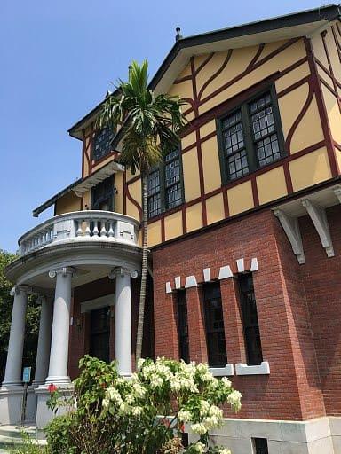 台北故事館でタイル展を見る - ...