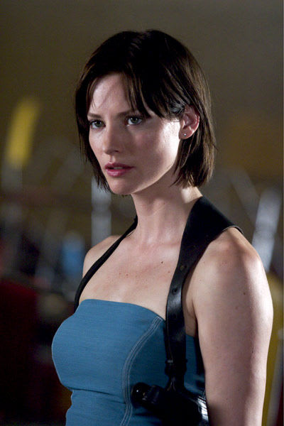 Sienna_guillory5