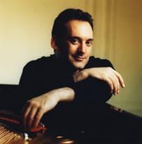 米国のジャズミュージシャン、作曲家「マイケル・ワイス」は今日で52 ...
