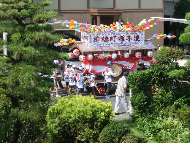 柳橋町囃子連の山車