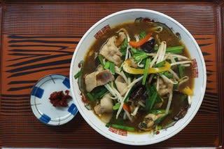 19353 ラーメンの万里「にらラーメン」@富山 10月11日 シャキシャキもやしとニラの食感が天下一品!さすが中華出身のマスターですね!