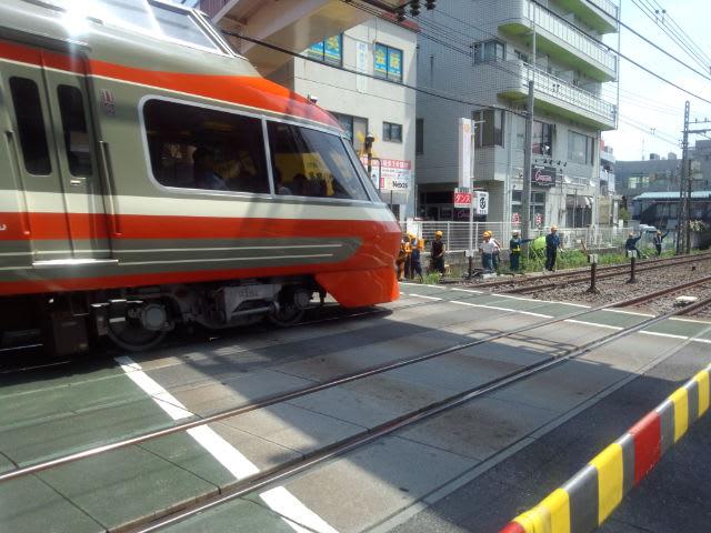 小田急線、保線中。