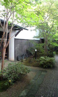 若竹屋酒造・蔵の入り口