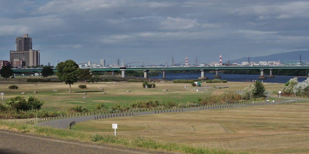 山田 池 公園 駐 車場