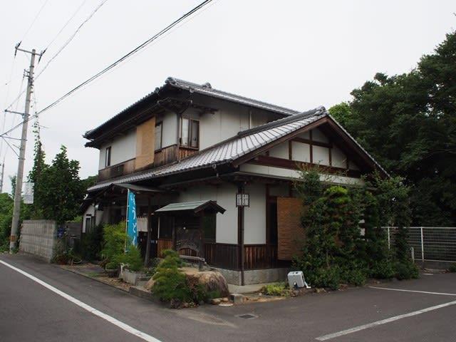 上野製麺所 - うどん県民が選ぶ名店 -