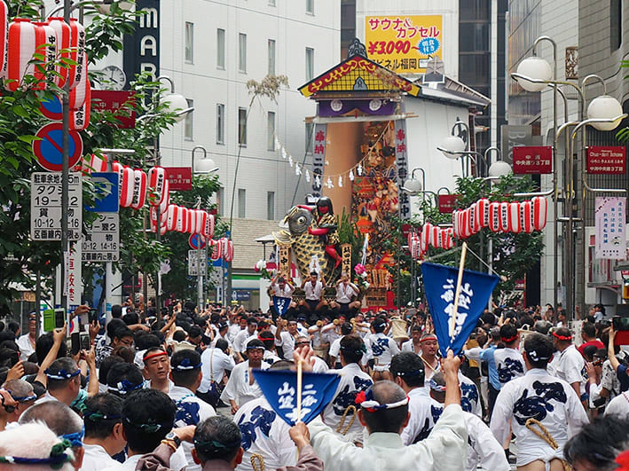 「博多祇園山笠 2018 流舁き」の画像検索結果