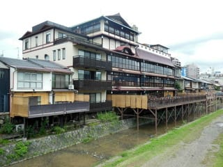 鮒 鶴 京都 鴨川 リゾート