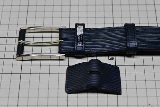 timeless design 66a70 b2eab ルイヴィトン エピ ベルトカット - ベルト・バックル修理 革漉き ...