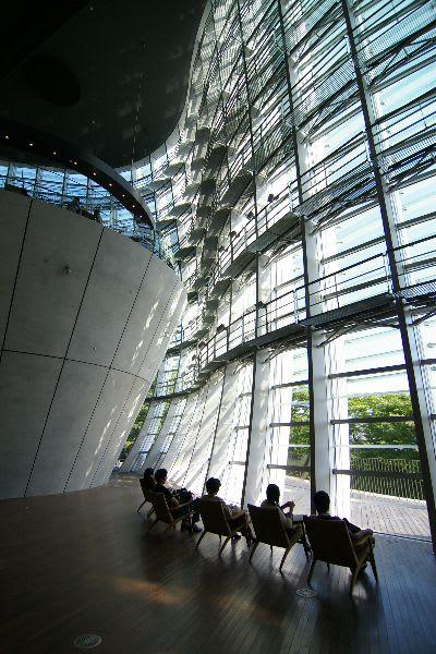 国立新美術館の内部写真