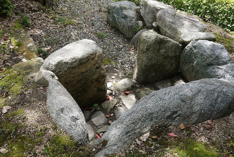 オスゲ10号墳の石室