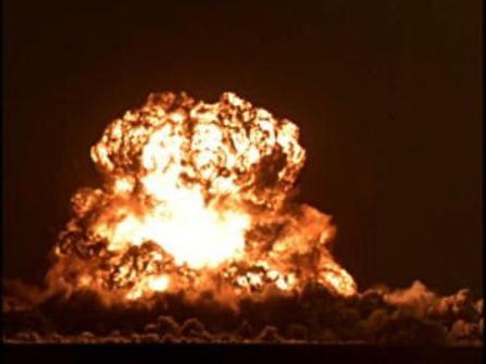 支那の原爆実験
