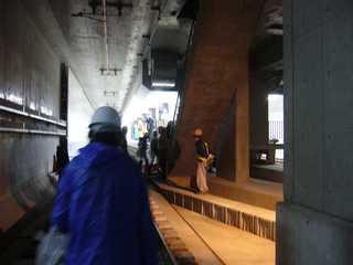 阪神なんば線九条駅手前のシールドトンネル内より