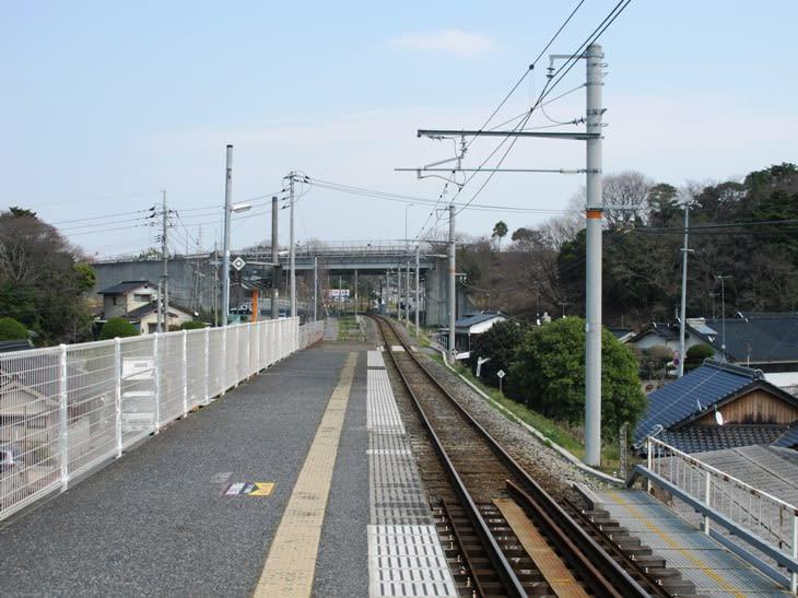南中川駅 小野田線 - 観光列車か...