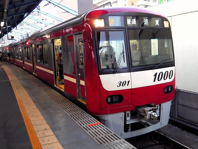 6両編成の京急新1000<br />  形電車が運用開始