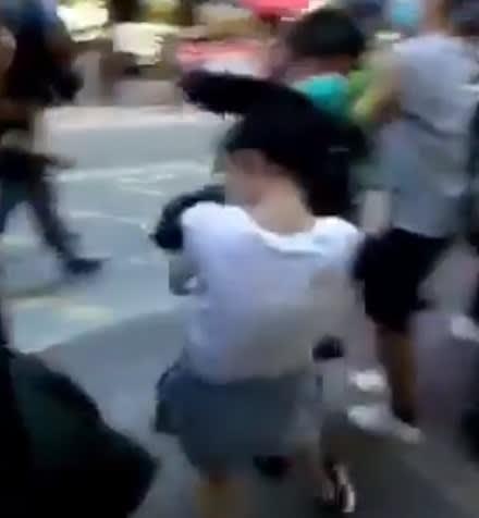 暴力,香港逮捕,国家安全維持法,国安法,香港12才少女逮捕,12才少女制圧,実写版ムーラン,ボイコット,民主化デモ,抑圧,人権左派,,