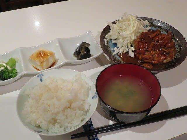 ハンバーグ(豆腐入り)定食