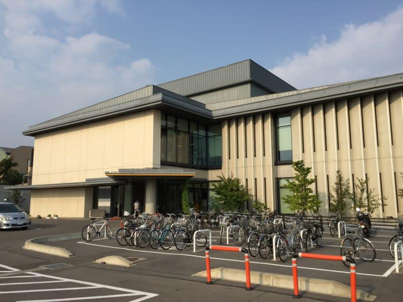 稲沢市中央図書館 - あの図書館...