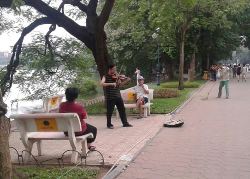 バイオリン弾き