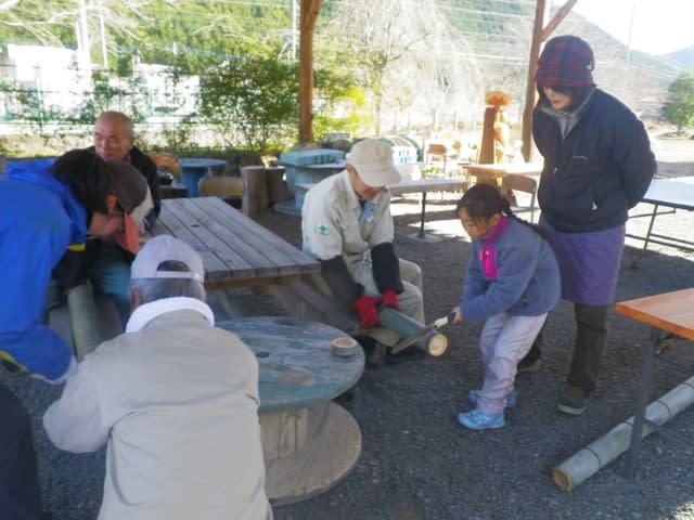 竹で箸作り