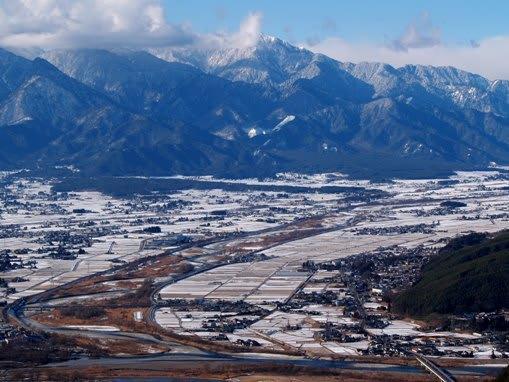 冬の安曇野(長野県・安曇野市・明科中川手) - 日本の棚田